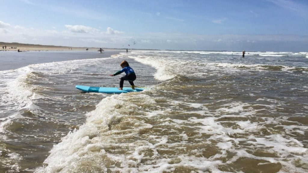 Surfing with Ecole de Surf de Bretagne in Plouharnel.