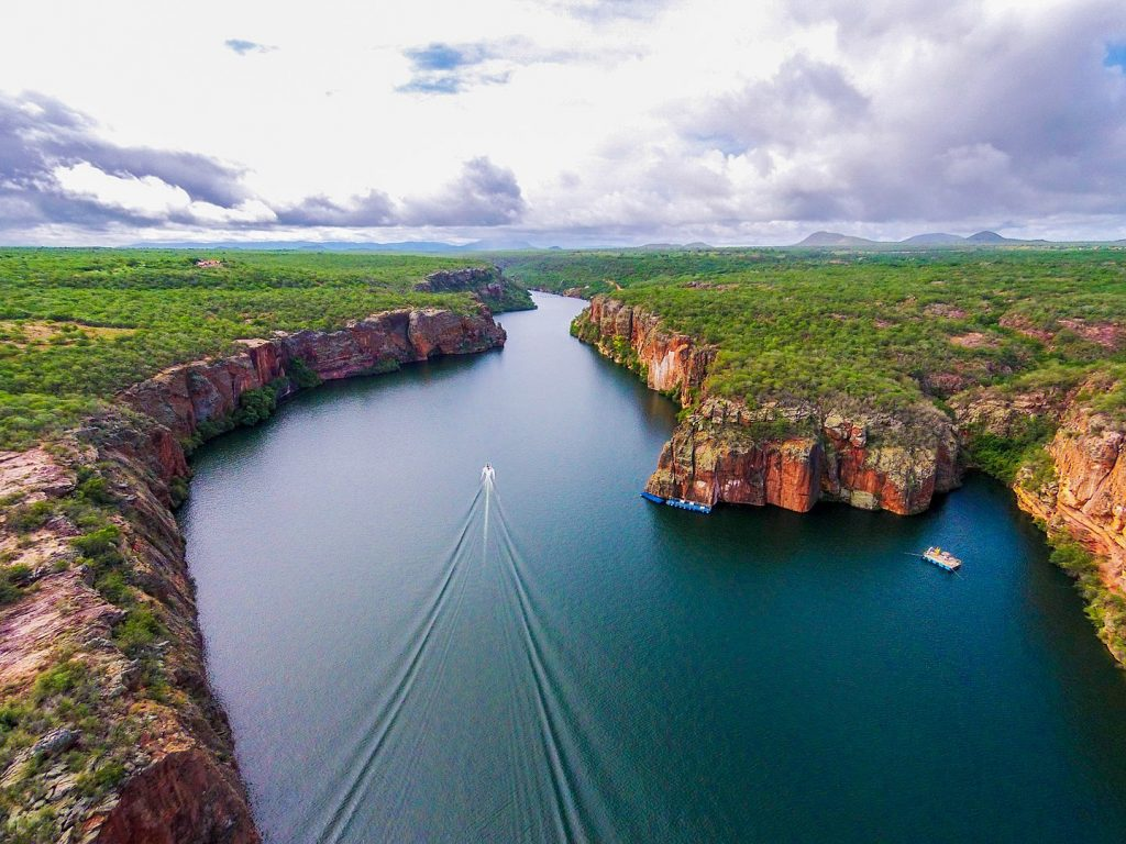 Brazil for Kids: Aerial view of the Sao Francisco River