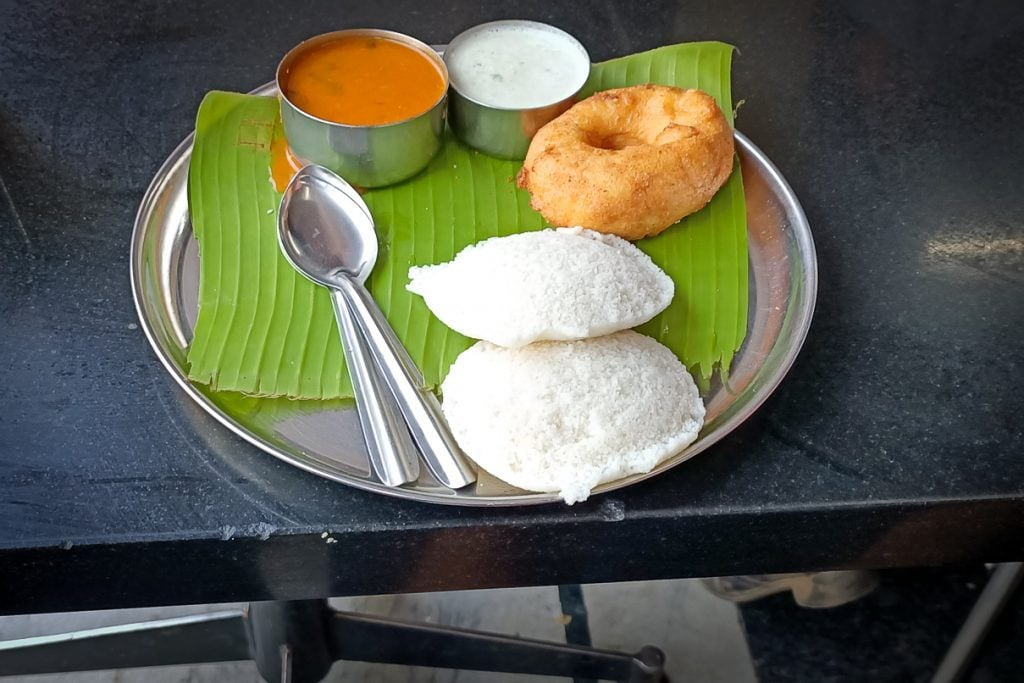 India for kids: Idli and vada on a plate